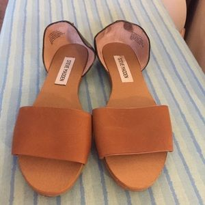 Steve Madden Leather Flats Sandals